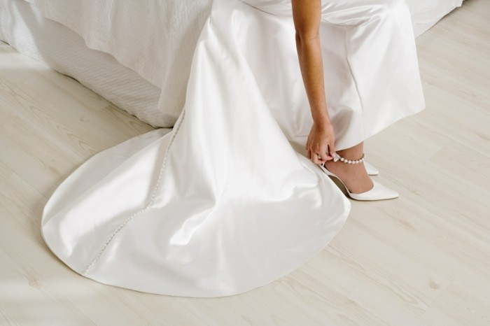 buy bridal shoes online high heels with pearls
