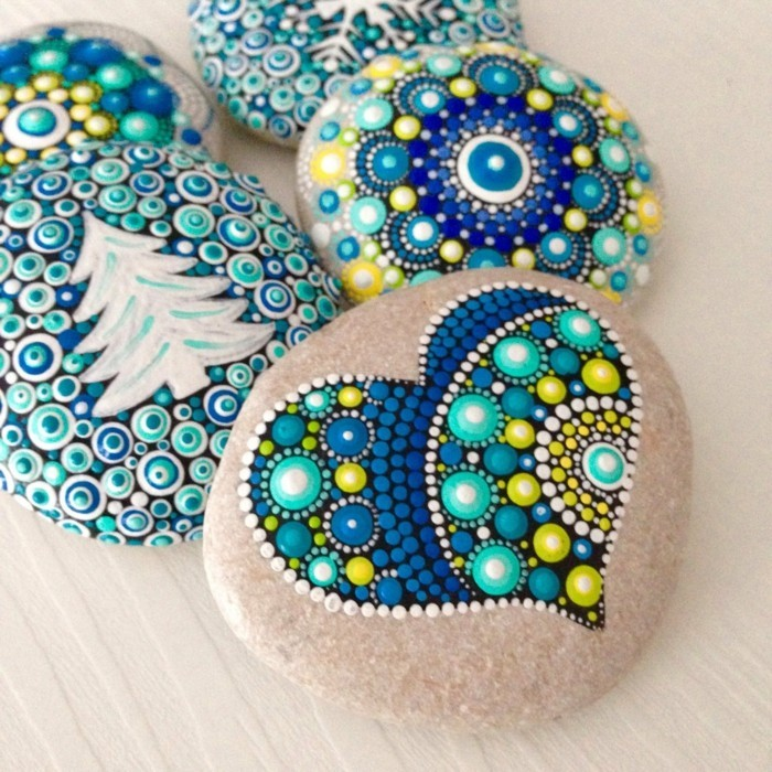 Manala pattern stones painted winter