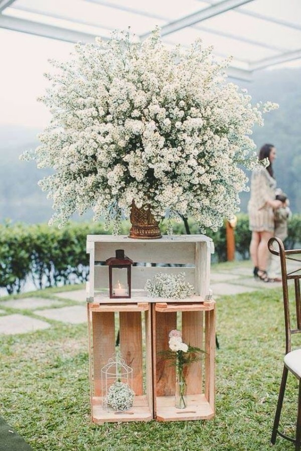 beautiful floral deco wedding outside